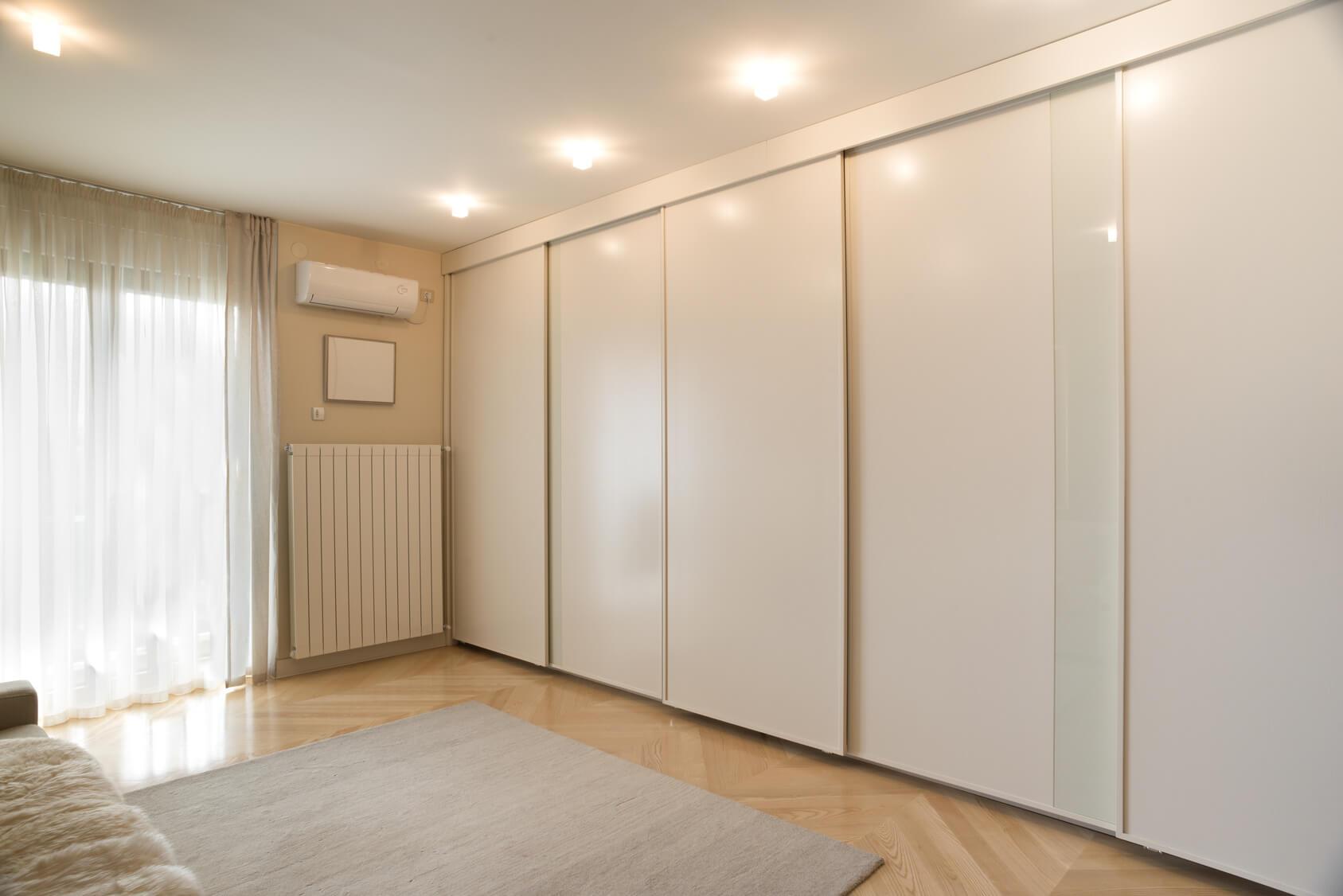 białe szafy na wymiar - zabudowy Białystok